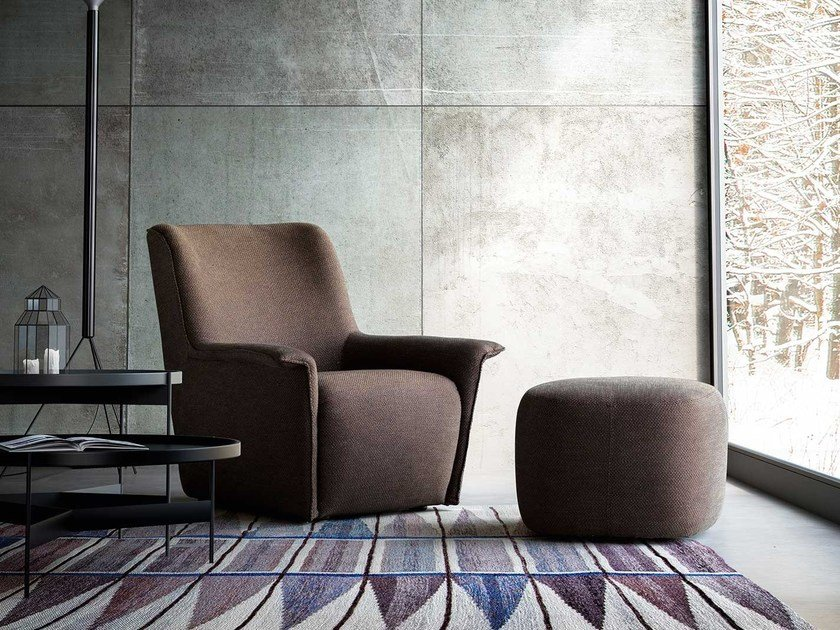 Upholstered fabric armchair with removable cover with armrests DIALOGO by PIANCA