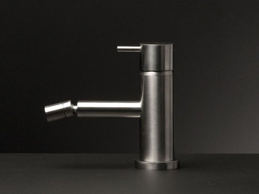 Countertop stainless steel bidet mixer DIAMETRO35 INOX | Single handle bidet mixer by RITMONIO