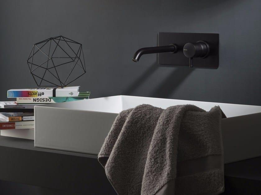 DIAMETRO35 | Miscelatore per lavabo con piastra