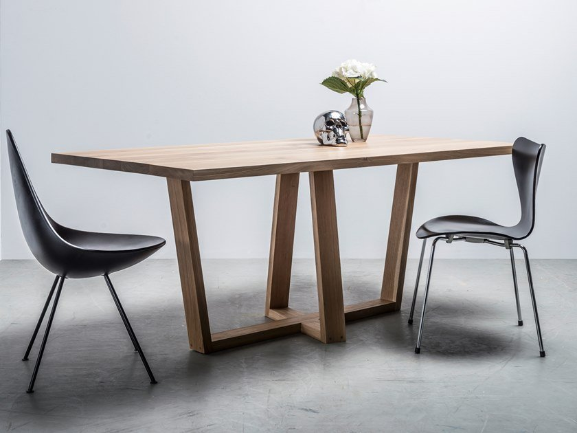Dining table made of solid oak DIAMOND by Hoom