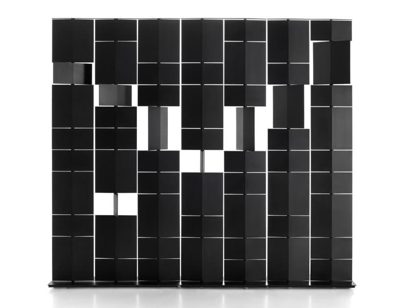 Divisorio con struttura in acciaio e pannelli in poliuretano DIVIDE IT by MDF Italia