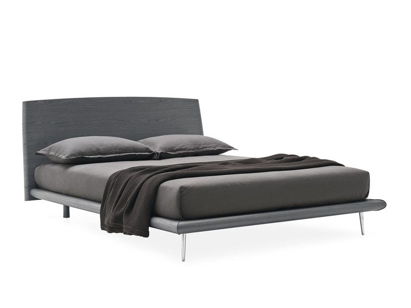 Wood veneer bed DIXIE by Calligaris