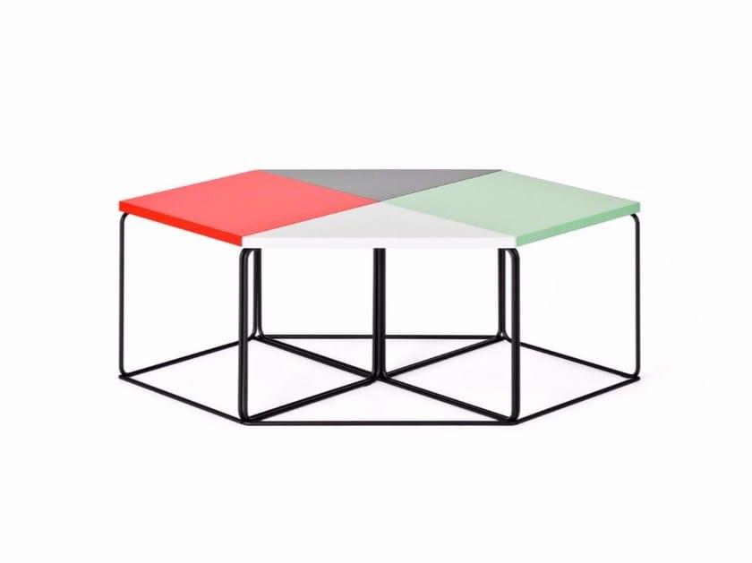 Modular triangular coffee table DL1 | Triangular coffee table by LOEHR