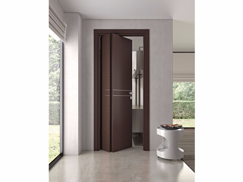 Folding wooden door DMT | Folding door by Pail Serramenti