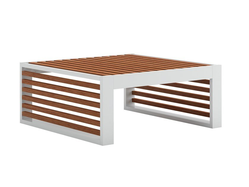 Sled base low square teak coffee table DNA TEAK | Garden side table by GANDIABLASCO