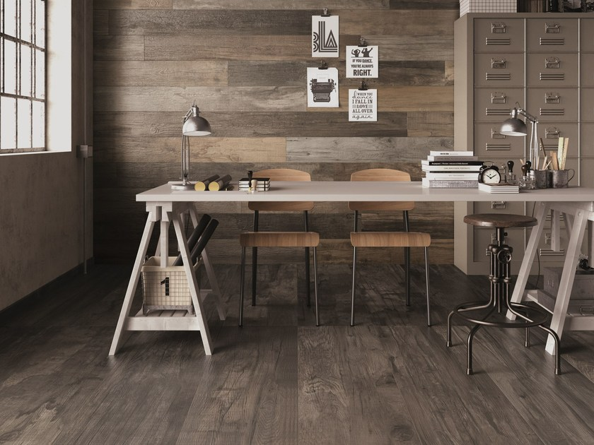 DOLPHIN Clay Coal Oak Grey