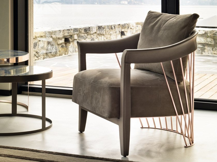 Leather armchair with armrests DOROTHY by Longhi