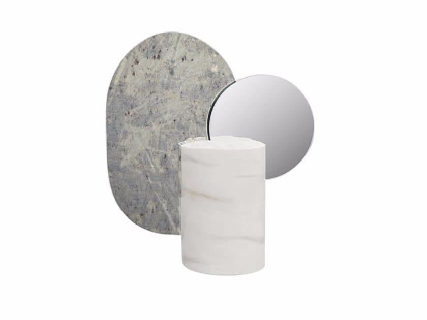 Specchio / scultura in marmo DOUBLE MOON by Kristina Dam Studio