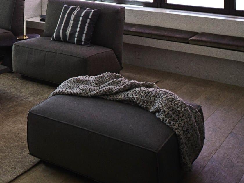 Upholstered pouf DOUTZEN LIVING | Pouf by Piet Boon