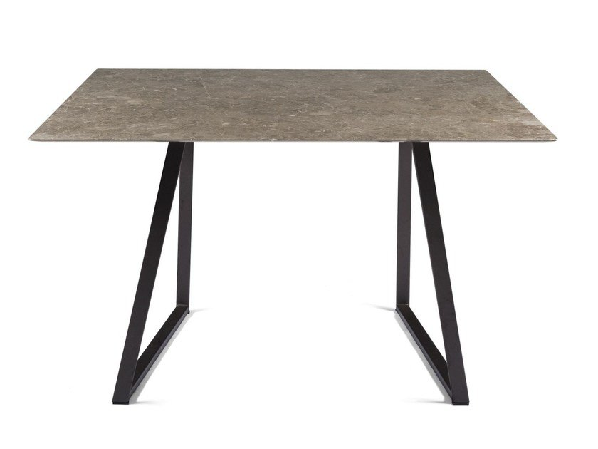 Square marble table DRITTO | Square table by SALVATORI