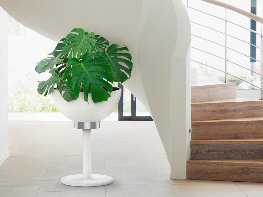 Metal plant pot DRY by BLOSS