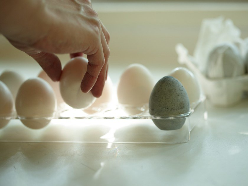 Diatomaceous earth drying object DRYING EGG by soil