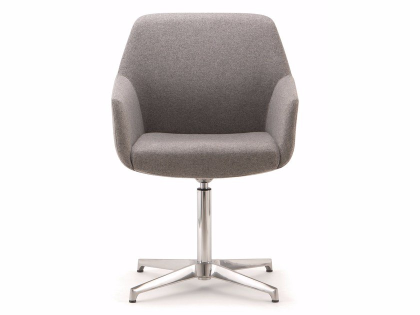 Swivel fabric executive chair with 4-spoke base with armrests DUNE | Low back executive chair by Quadrifoglio