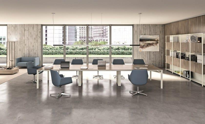 Quadrifoglio Mobili Per Ufficio.Poltrona Ufficio Direzionale Girevole In Tessuto A 4 Razze Con