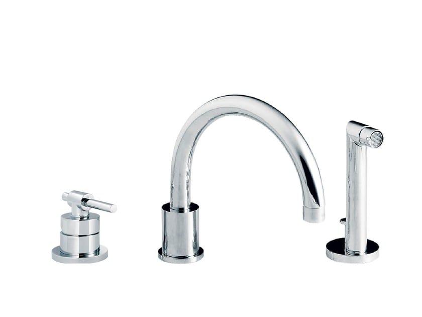 3 hole single handle bathtub set with hand shower DYNAMIC | 3 hole bathtub set by rvb