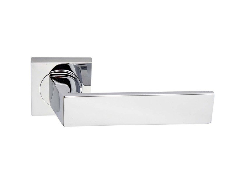 Door handle on rose KAPPA | Door handle by RDS