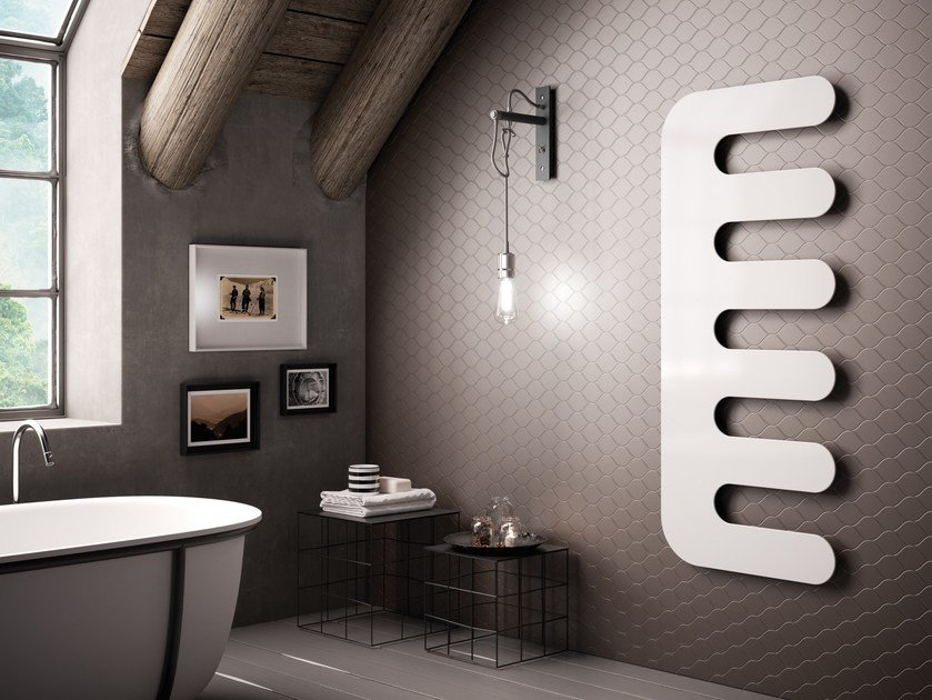 Hot-water wall-mounted carbon steel towel warmer E-SIGN by CORDIVARI