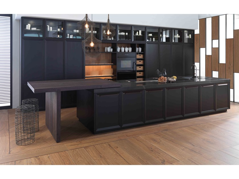 Fitted kitchen with island E4.40 by Gamadecor