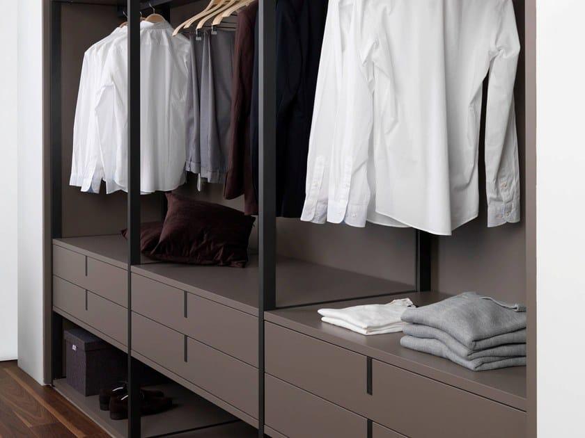 Sectional walk-in wardrobe E4 by Gamadecor