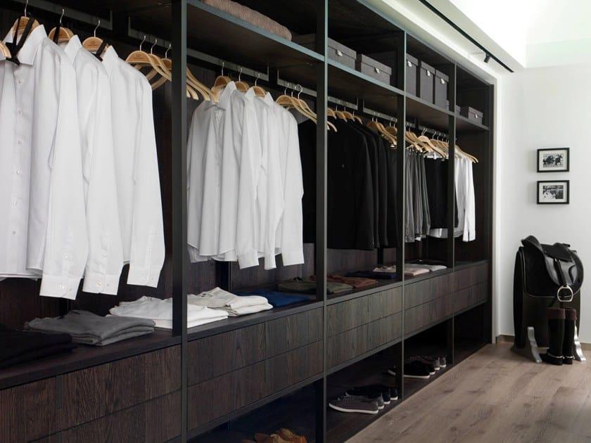 Sectional wooden walk-in wardrobe E7 | Walk-in wardrobe by Gamadecor