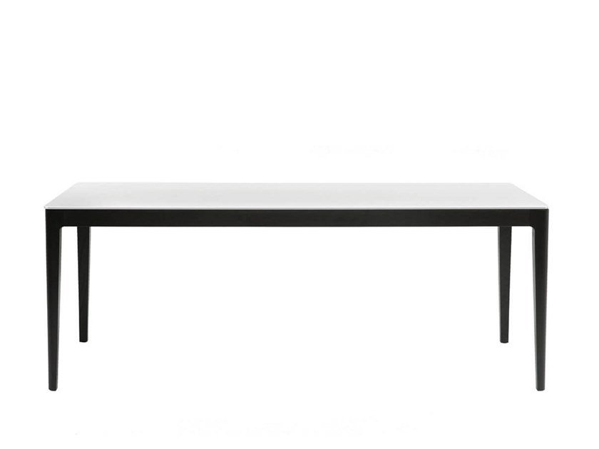 Rectangular dining table EARL | Dining table by HC28
