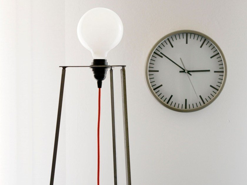 LED direct light iron floor lamp EASY / REMOVABLE by bigdesign