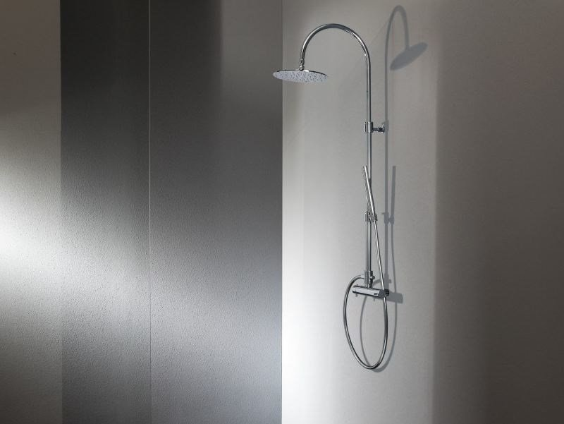 Wall-mounted thermostatic brass shower panel with hand shower ECHO CLASSIC by tender rain