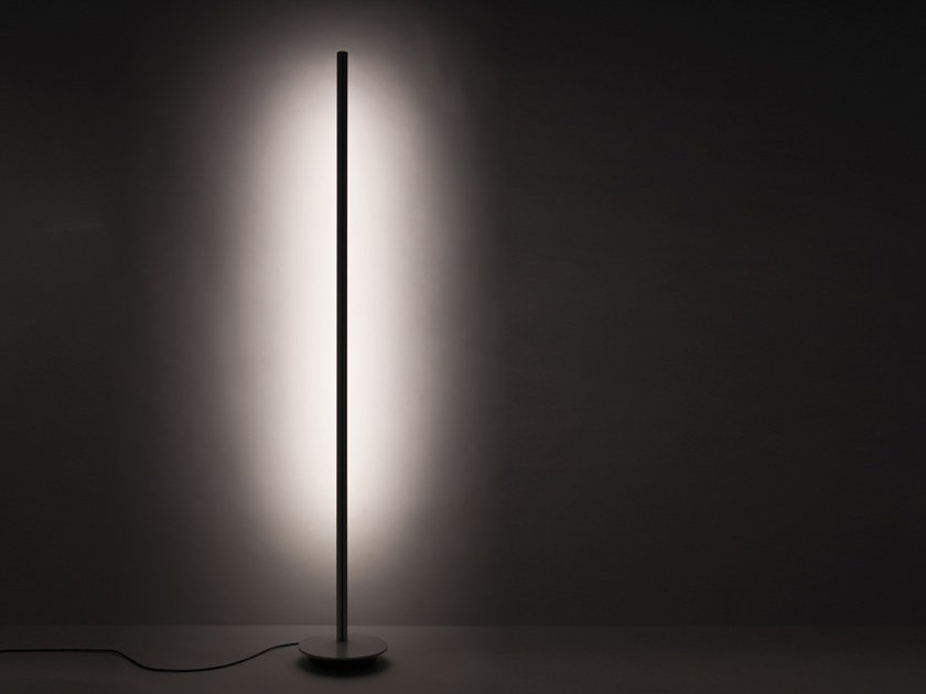 Ed Pole Floor Lamp By Quicklighting