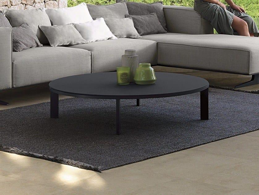 Tavolino da giardino rotondo in cemento EDEN | Tavolino da giardino by Talenti