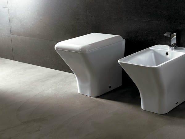Ceramic toilet EDGE QUADRA | Toilet by Alice Ceramica