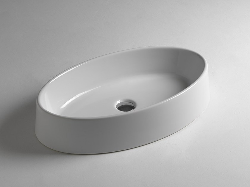 Countertop oval ceramic washbasin EGG by BLEU PROVENCE