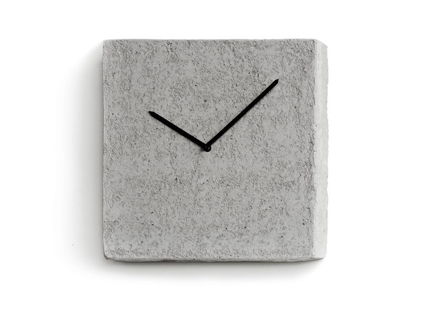Wall-mounted Recycled paper clock EINA by INDI
