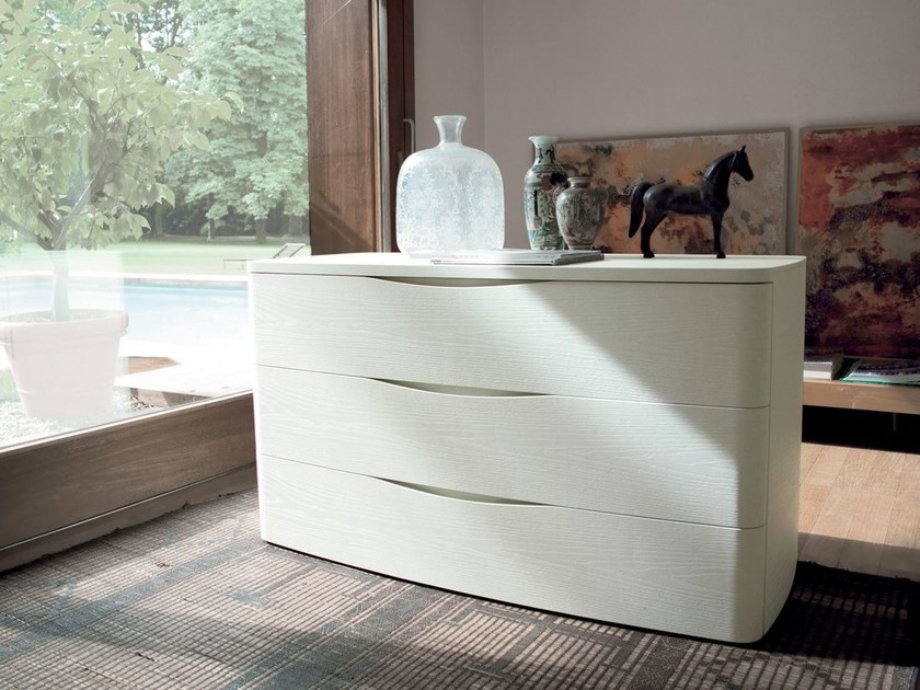 Free standing wooden chest of drawers ELAN by Caccaro