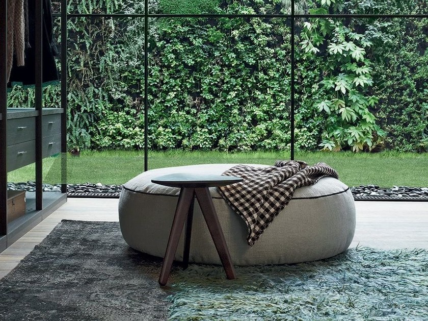 Upholstered fabric pouf ELISE by poliform