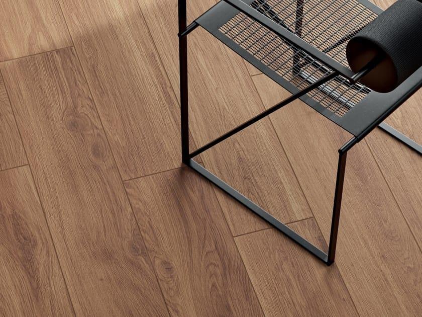 Pavimento/rivestimento in gres porcellanato effetto legno ELISIR BRUNO by Marca Corona
