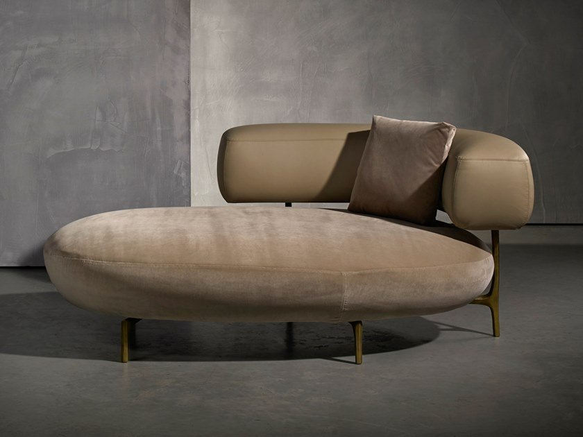 Upholstered day bed ELLA LIVING | Day bed by Piet Boon