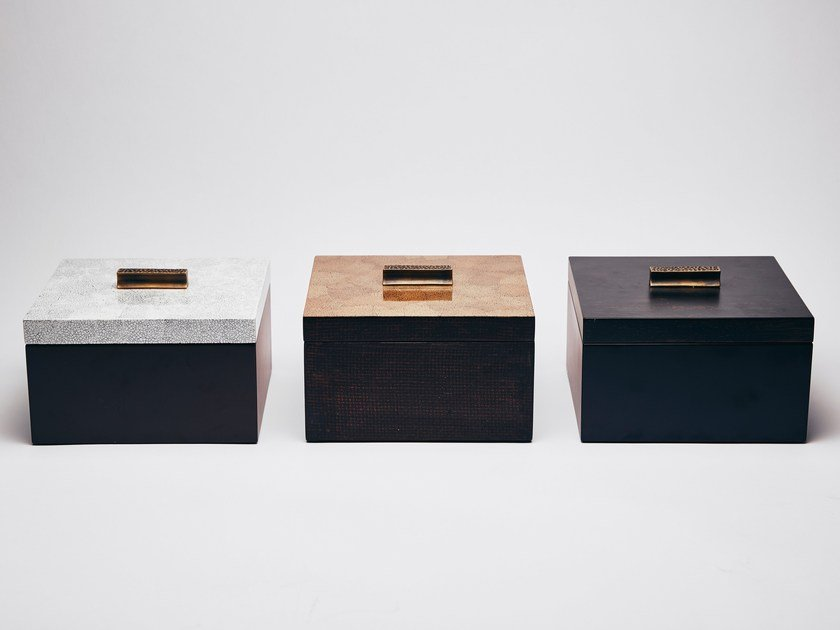 Decorative eggshell box ELA by REDA AMALOU DESIGN