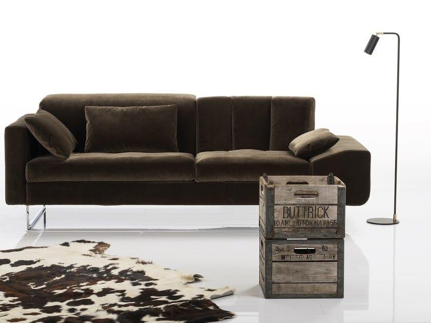 EMBRACE | Sofa aus Stoff Kollektion Embrace By brühl Design Kati ...