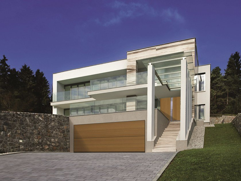 Automatic sectional garage door SECURLAP - EMI by SILVELOX