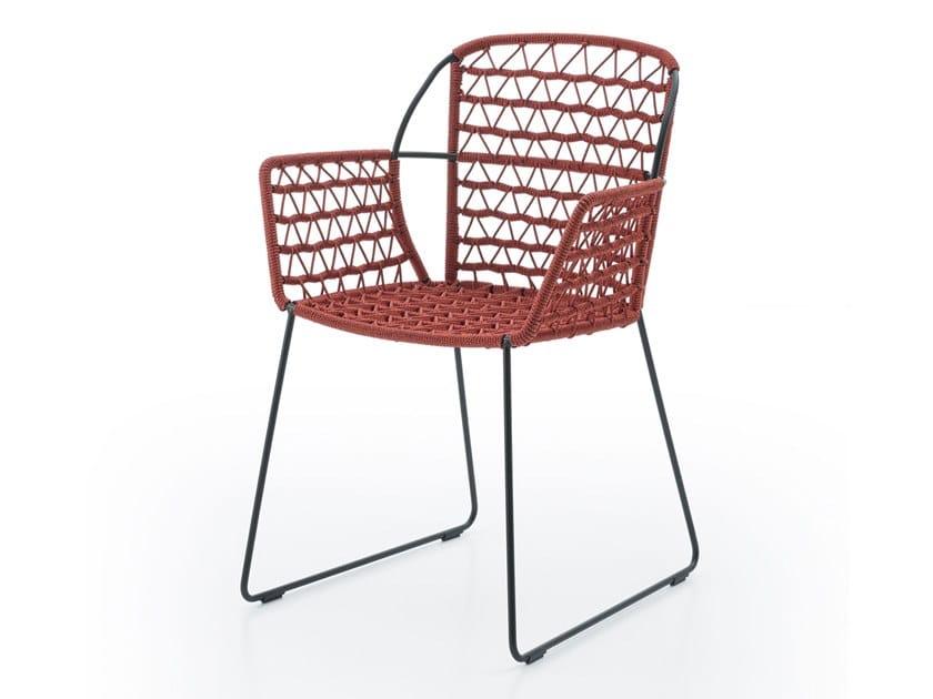 Sedia a slitta in acciaio e corda con braccioli EMMA P/SB by Crassevig