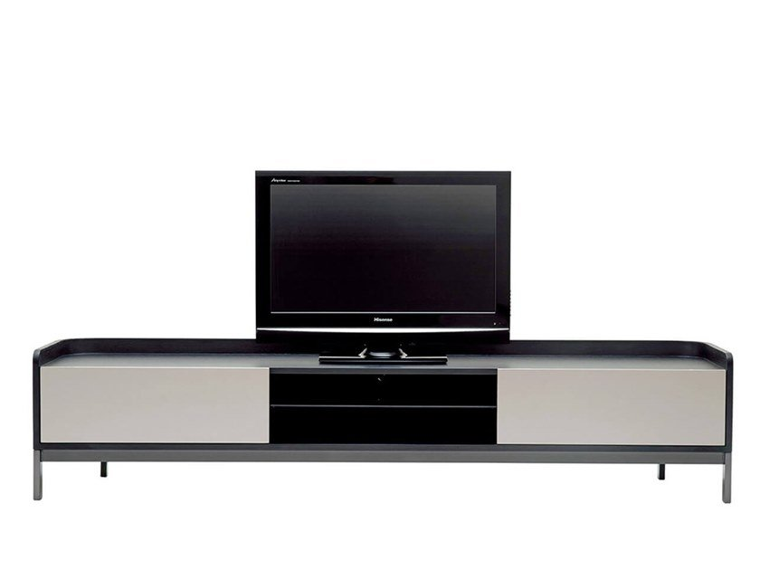 Lacquered TV cabinet EMMA | TV cabinet by HC28