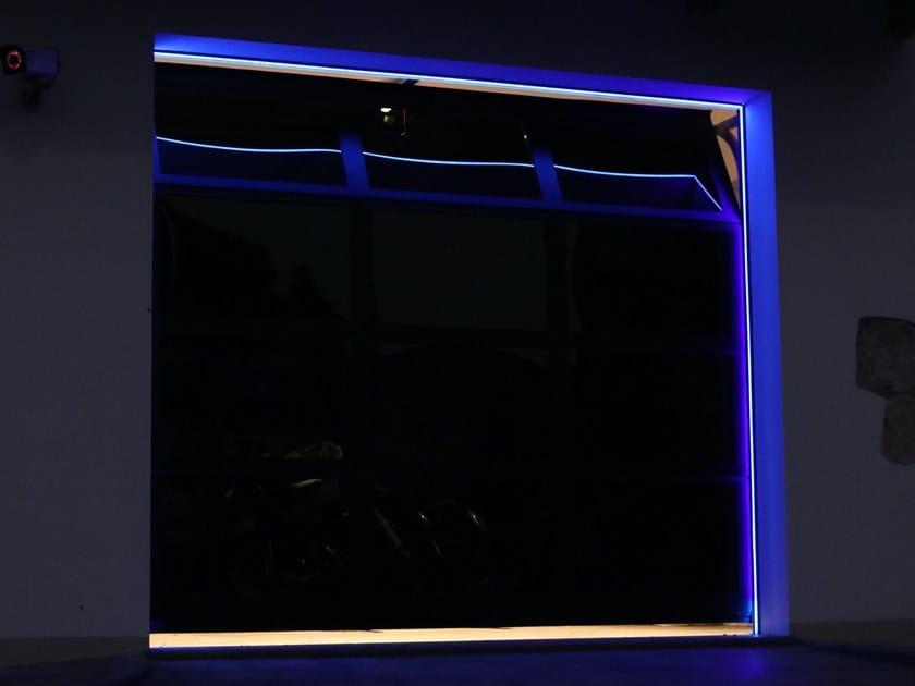 Profilo per illuminazione lineare per portoni sezionali EMOTIONAL LIGHT by Breda