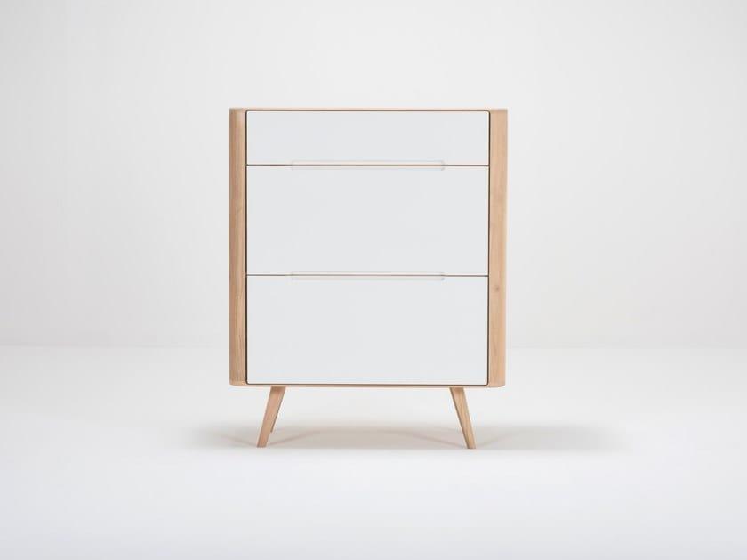 Oak shoe cabinet ENA | Shoe cabinet by Gazzda