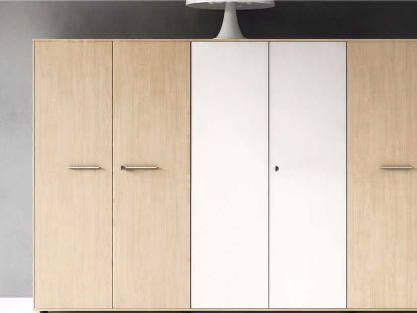 Tall office storage unit with hinged doors ENOSI | Office storage unit by Las Mobili