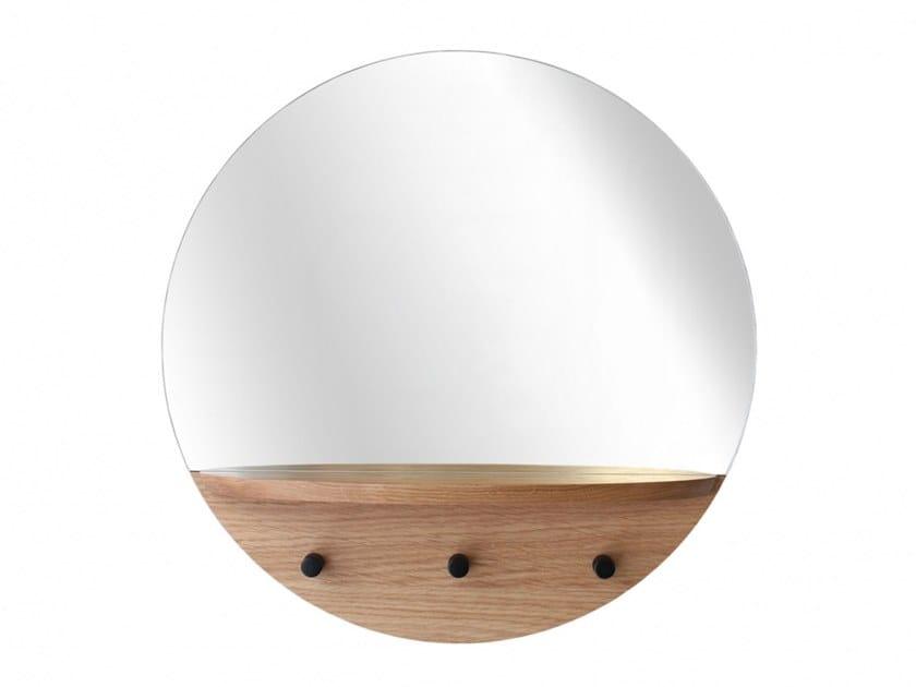 Round wall-mounted oak mirror with shelf ENZO | Mirror by Heavens
