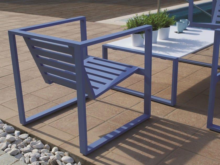 Sled base aluminium garden armchair with armrests ERATO   Garden armchair by Efasma