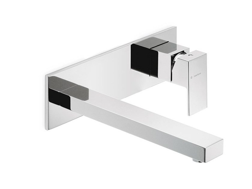 Wall-mounted washbasin mixer with plate ERGO-Q | Washbasin mixer with plate by newform