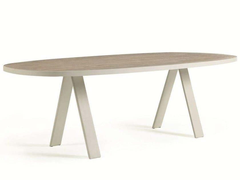 ESEDRA | Oval table