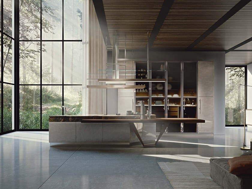 Cucina su misura con isola ESSENZA SUPERNATURAL PEARL AND WALNUT by Martini Interiors