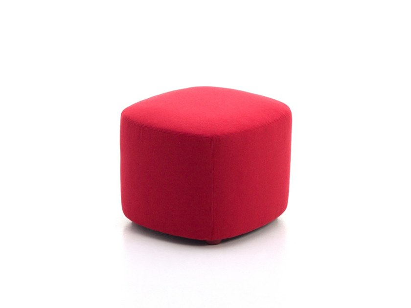 Upholstered square fabric pouf ESTER-PS/B by Ferrante